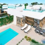 Villa de plain pied dans le golf Vistabella à Los Montesinos