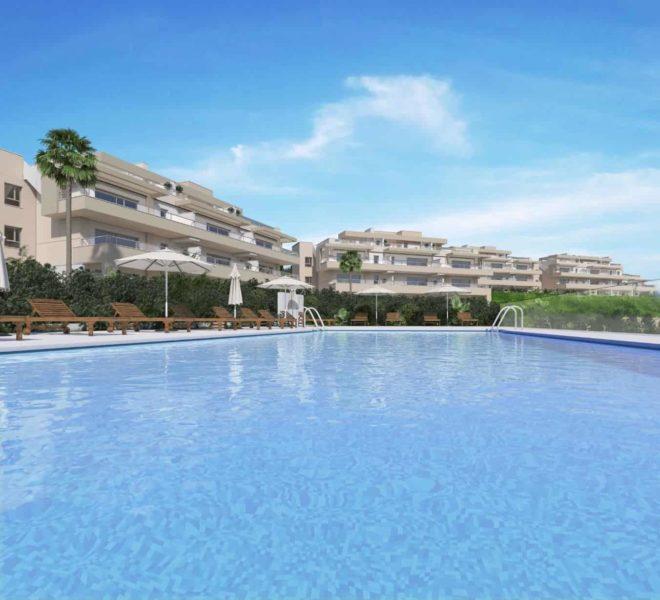 Vue immeuble et piscine communale d'appartements à La Cala Golf, Mijas