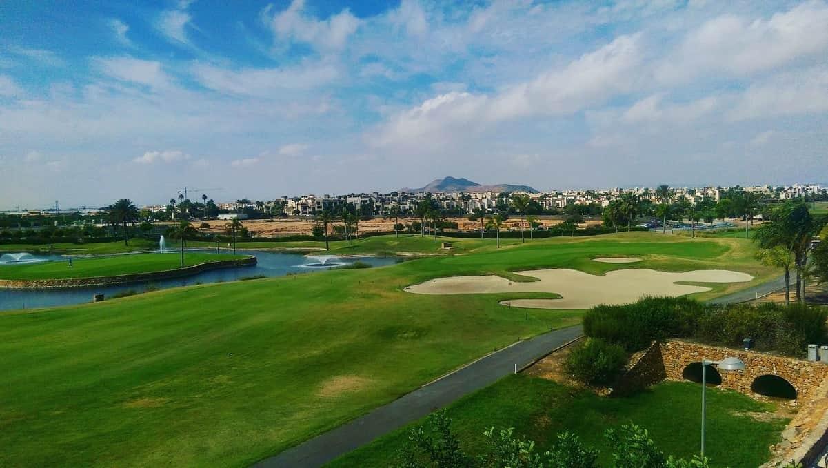 Roda Golf, vue depuis le rooftop bar sur le 9ème trou