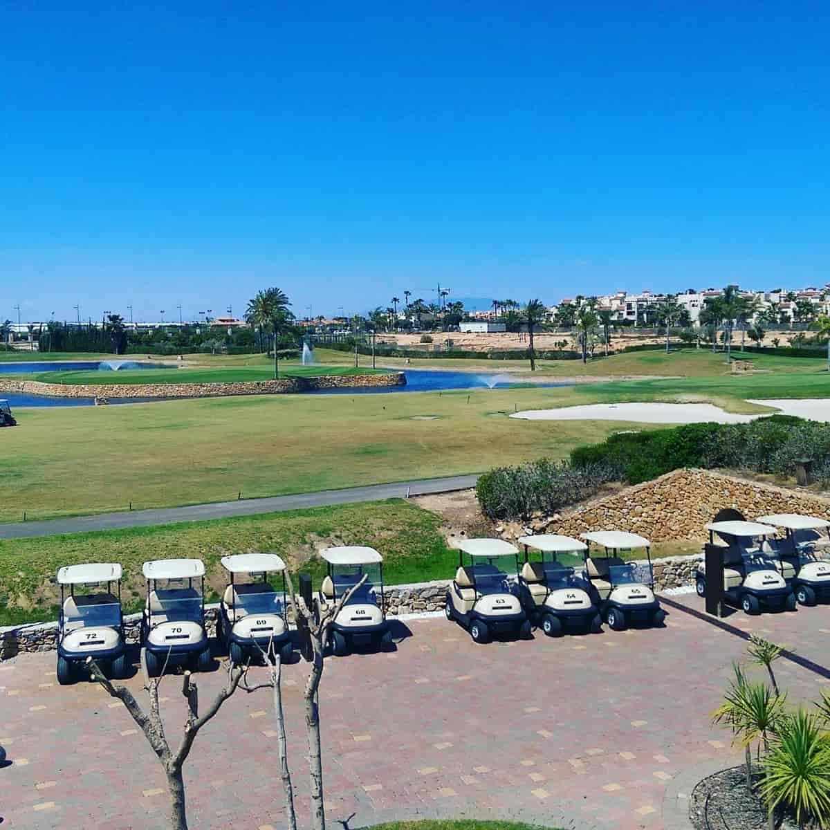 Roda Golf, Vue de la terrasse surplombant les 7èmes & 9èmes greens